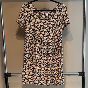 NWT - H&M Floral Babydoll Dress - 8